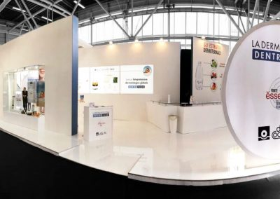 Fonte Essenziale exhibition stand for Cosmofarma