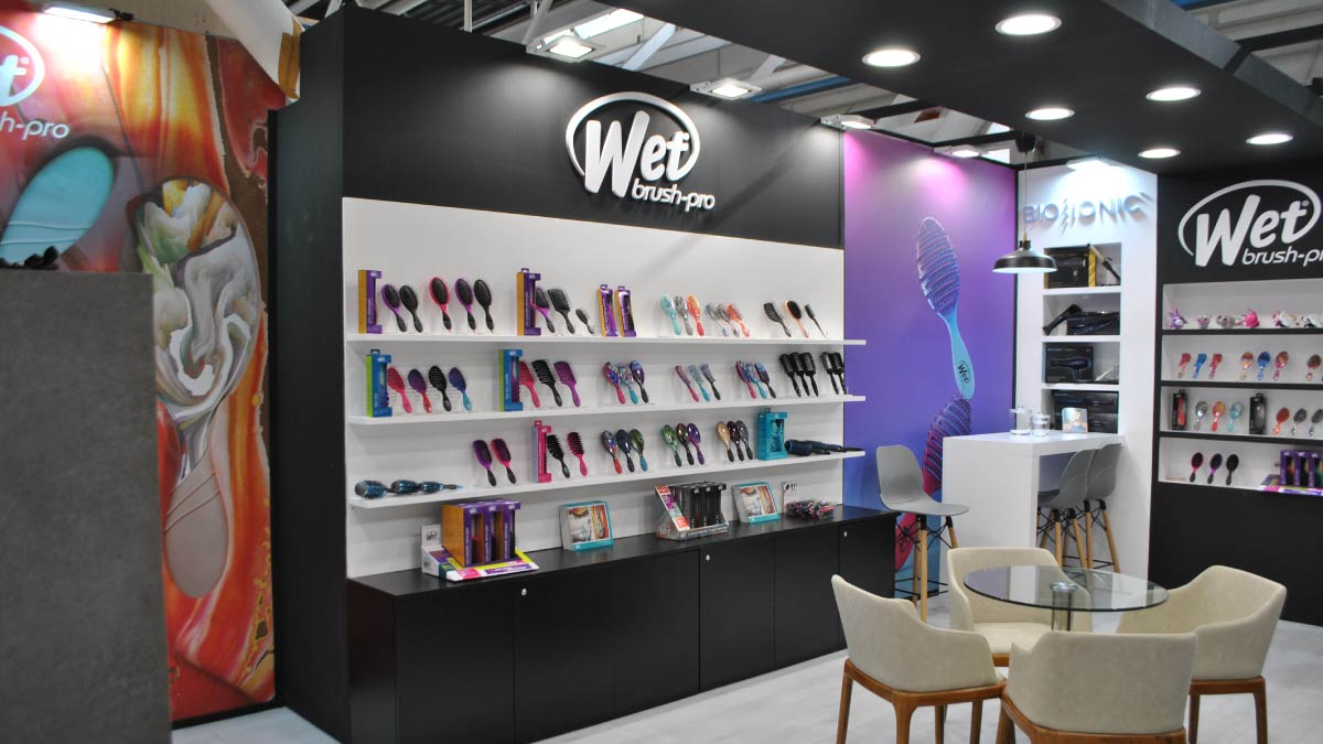 Wet Brush Cosmoprof -7