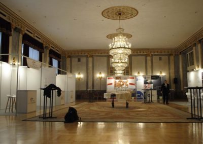 Modular exhibition stands for events and congresses